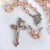 ピンクエナメルの十字架