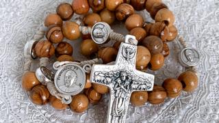 パパ様(教皇フランシスコ)のロザリオ